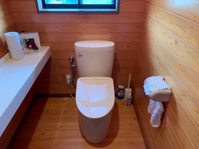 洗面台、トイレ取り替え工事