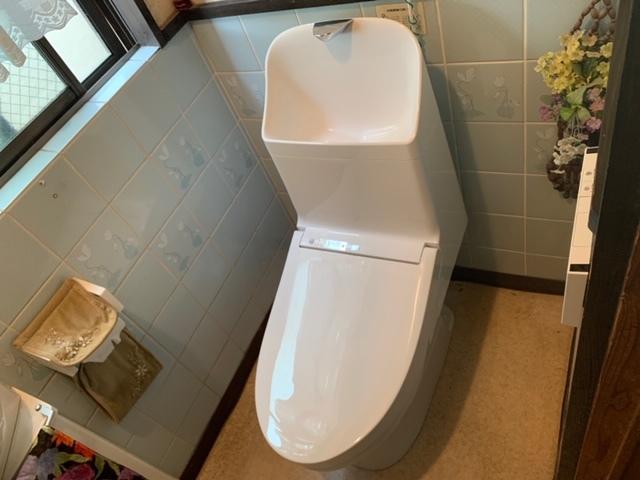 トイレ取り替え工事