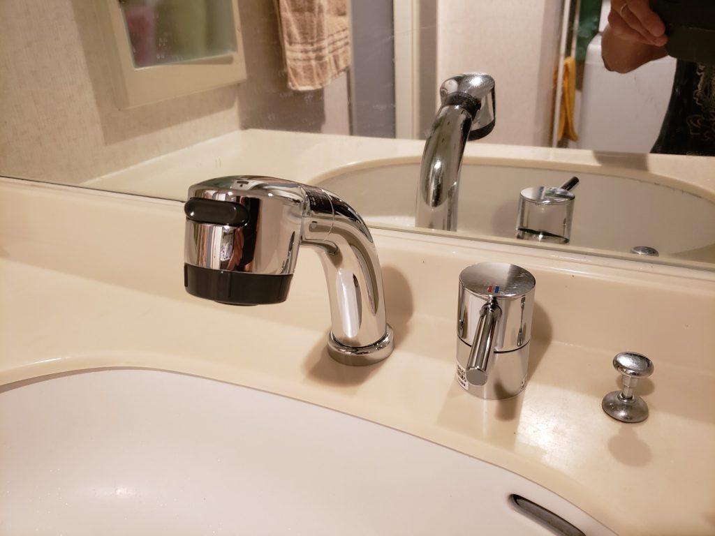 洗面台水栓交換工事